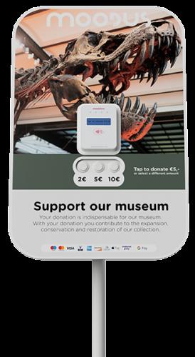 Moodus Give museum staand klein